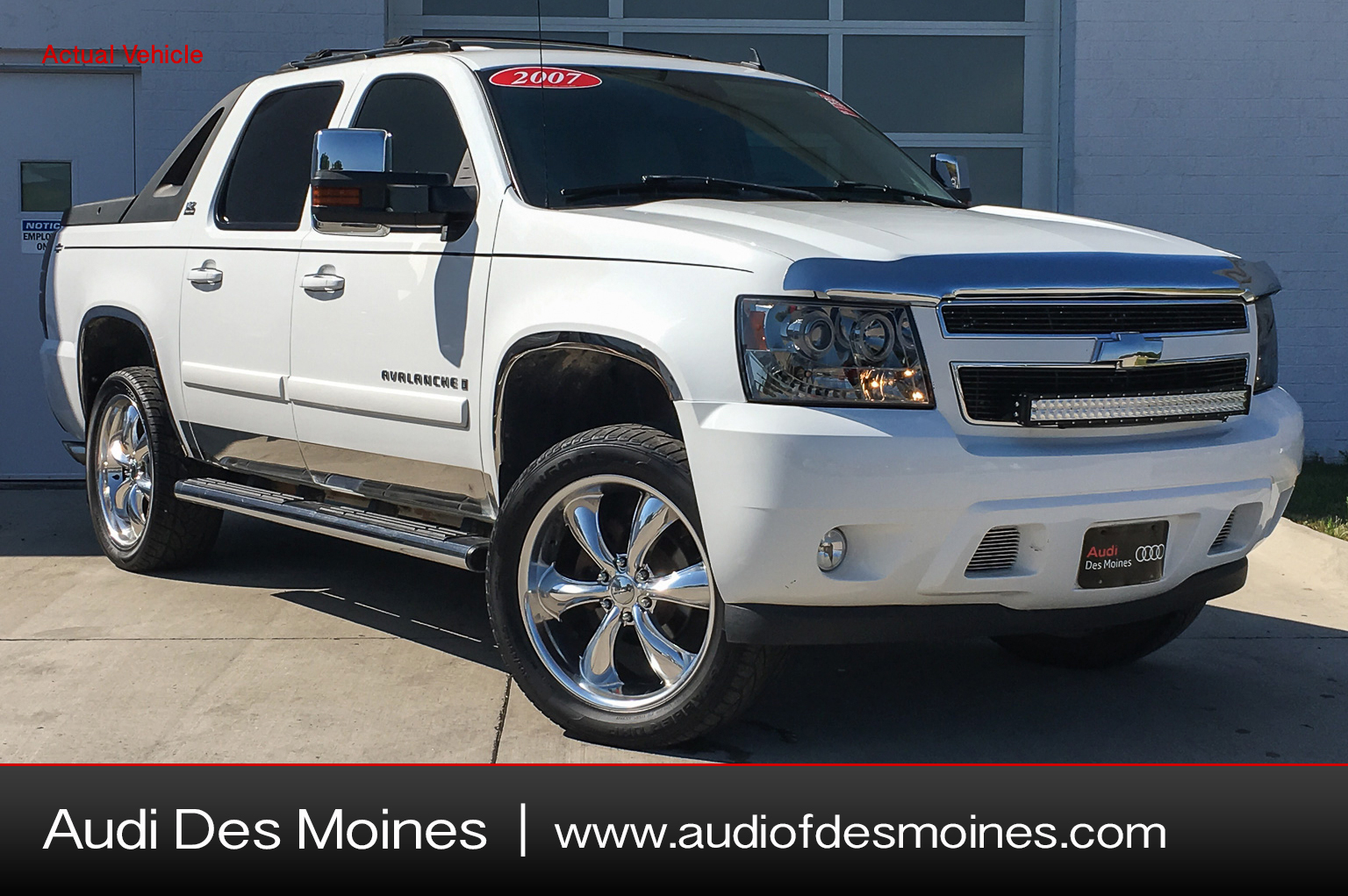 Pre-Owned 2007 Chevrolet Avalanche 1500 4WD CREW CAB 130
