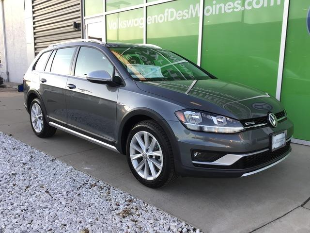 New 2019 Volkswagen Golf Alltrack 1.8T S Manual